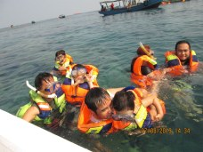 Experiencing Tidung guest